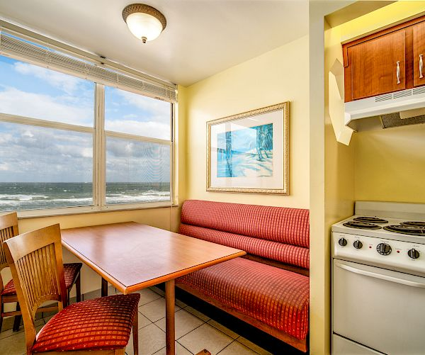 Oceanfront with Full Kitchen