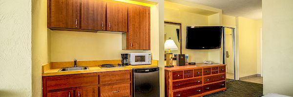 Oceanfront King with Kitchenette